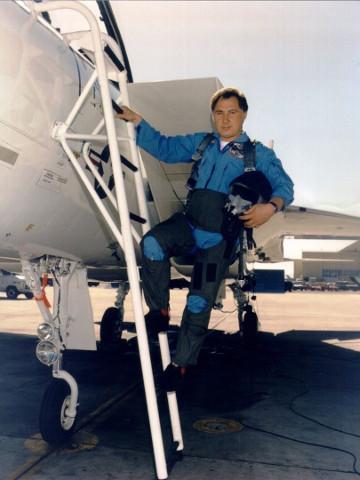 Султанов Урал Назибович - заслуженный лётчик-испытатель Российской Федерации, проходил подготовку в отряде космонавтов для полетов на корабле «Буран»