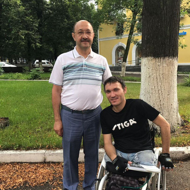 Наиль Махмутов и художник Юлдаш Хусаинов