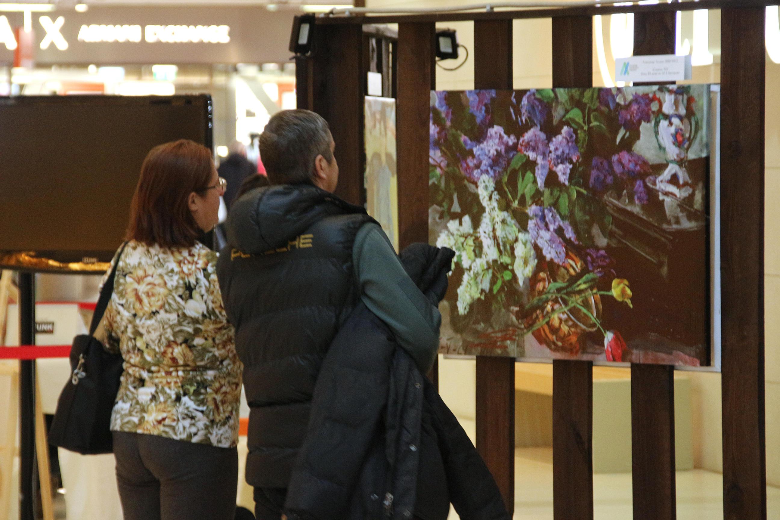 Открытие галереи проекта «Любимые художники Башкирии» в ТРЦ «Планета»