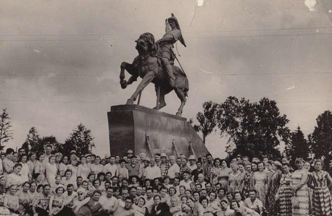 Коллектив создателей памятника Салавату Юлаеву