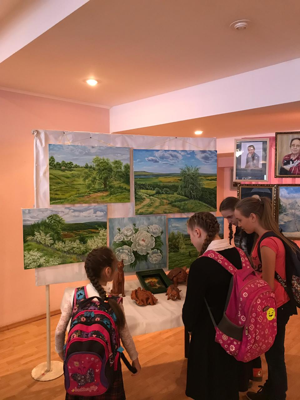 Художественный тур проекта «Любимые художники Башкирии»: выставка художников в Доме культуры г. Дюртюли