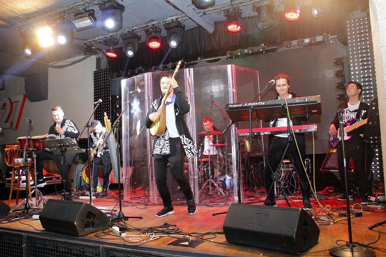 Концерт «РОК НА ХОЛСТЕ! ВСЕ КРАСКИ РОКА!» и два знаменательных события