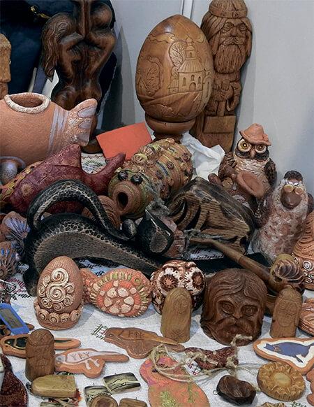 Выставка работ мастеров ДПИ на предпринимательском сабантуе в Первушино