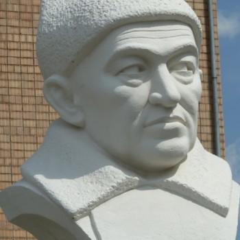 «Мухаметша Бурангулов», Хайдар Гарипов