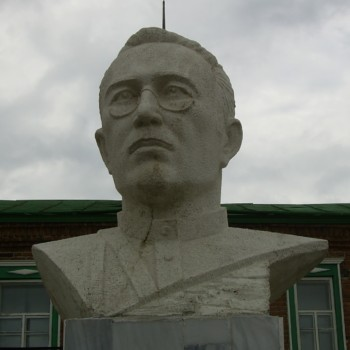 «Заки Валиди» (с. Темясово), Хайдар Гарипов