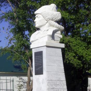 Памятник Салават Юлаеву (с. Аскарово), Хайдар Гарипов