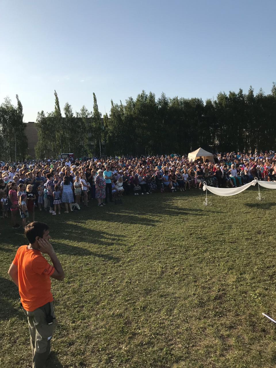 Работы башкирских художников представили на концерте в селе Кандры
