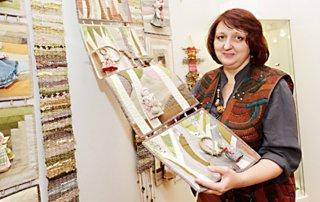ART-очерки Татьяны Красновой: художник Стелла Маркова и выставка текстиля «Рябиновый квилт»