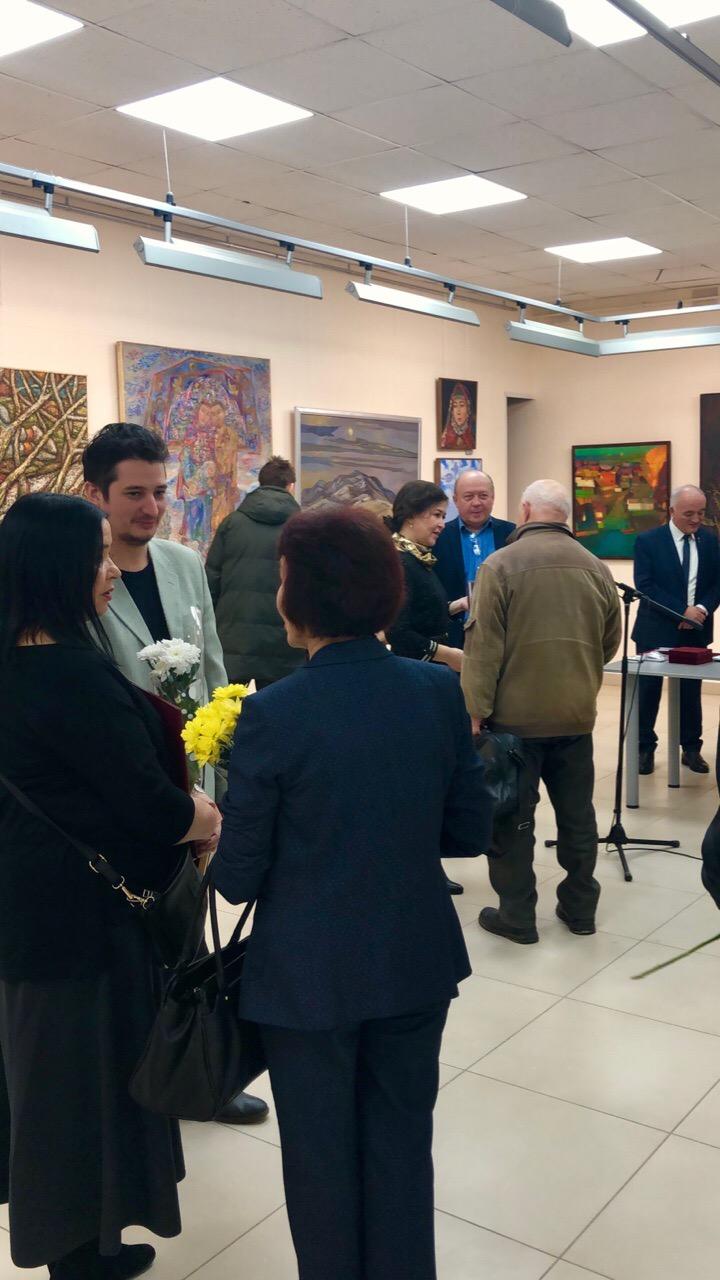 «Многоцветие традиций»: открытие выставки к 85-летию Союза художников Башкортостана