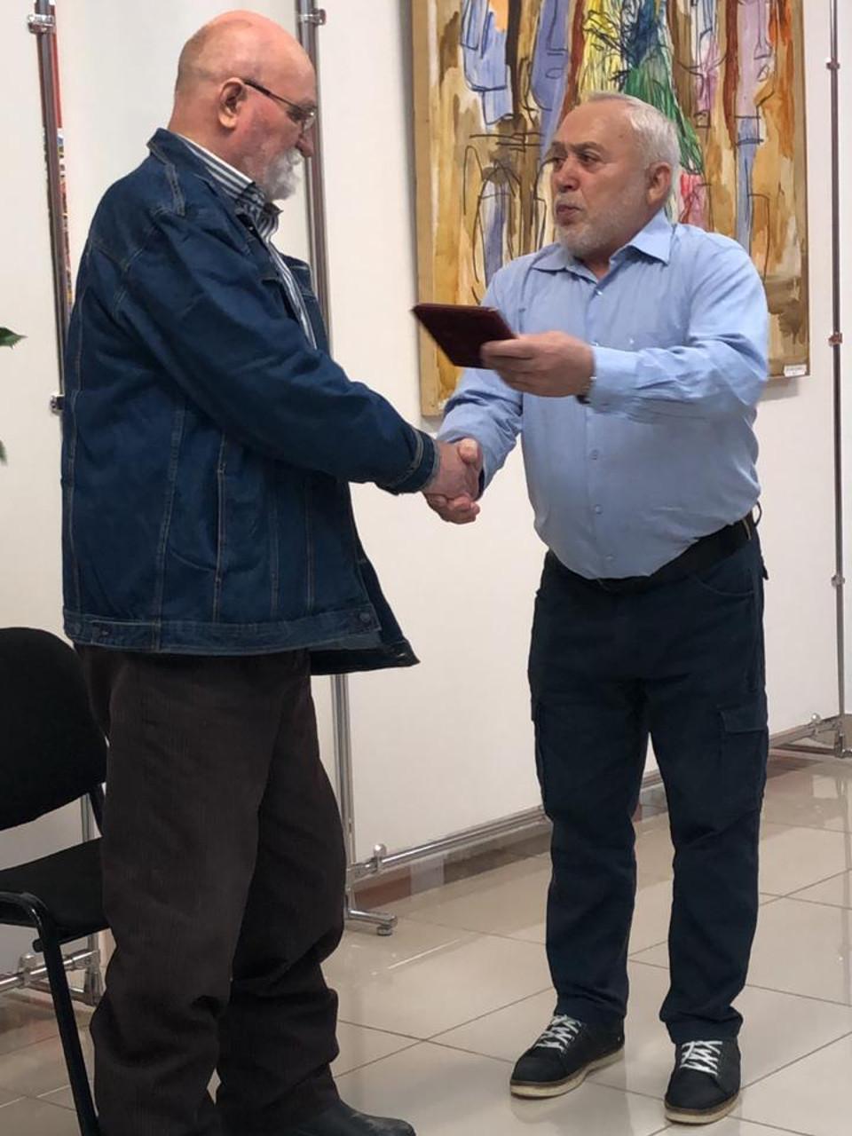 Открытие персональной выставки художника Николая Пахомова