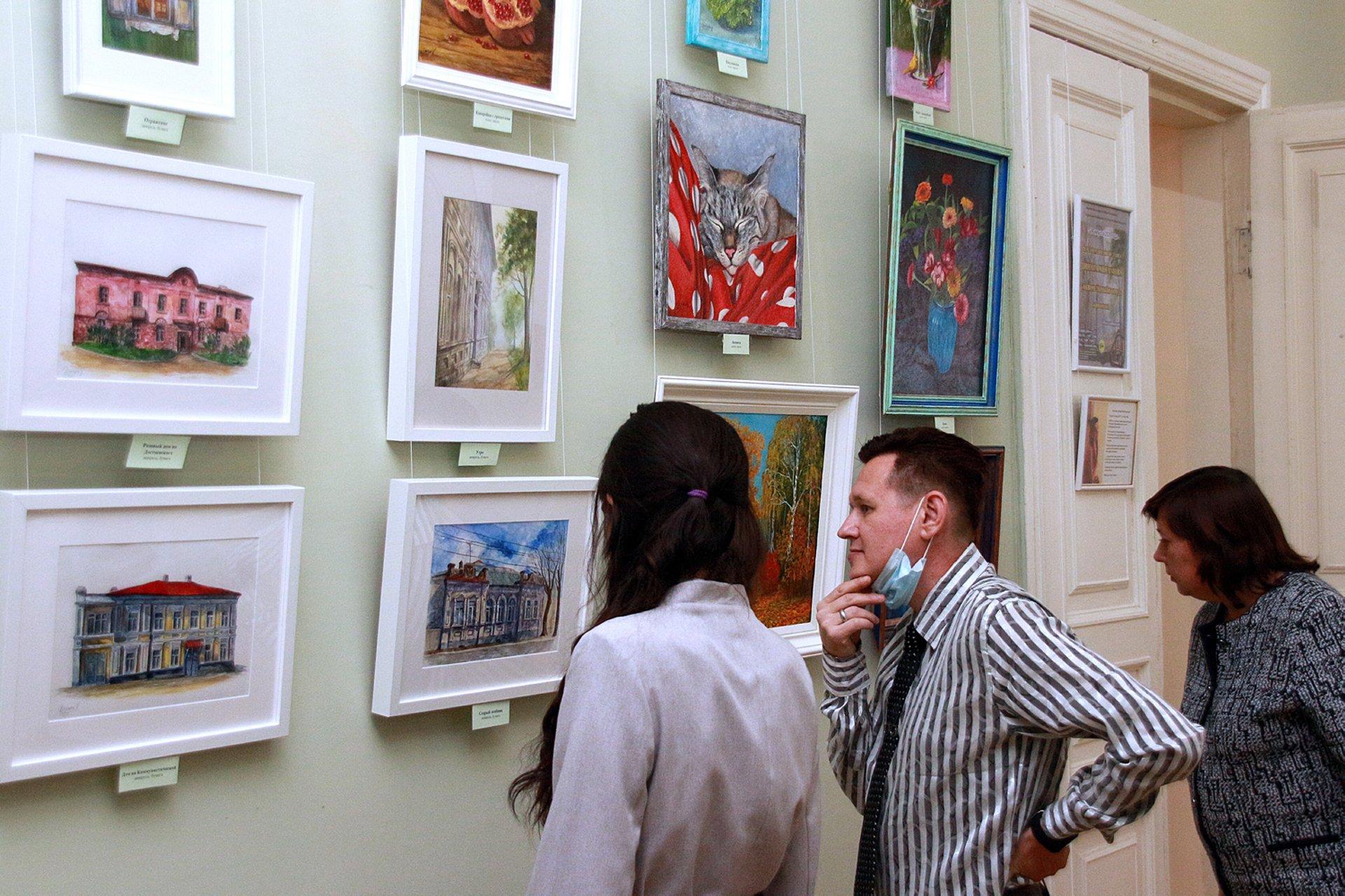 «Акварельный город. Живопись»: персональная выставка Динары Хисамовой