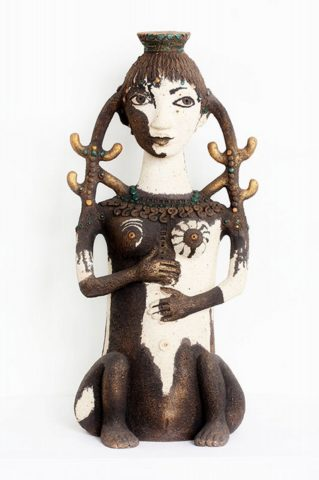 Скульптура «Жена друга» (коллекция «Архаика»), Ляля Галеева, 2009, шамот, акрил