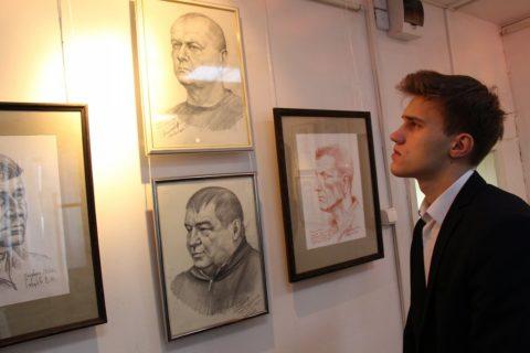 Егор Левочкин, участник движения «Бессмертный полк», ответственный за родную школу и Демский район, учащийся 10-го класса
