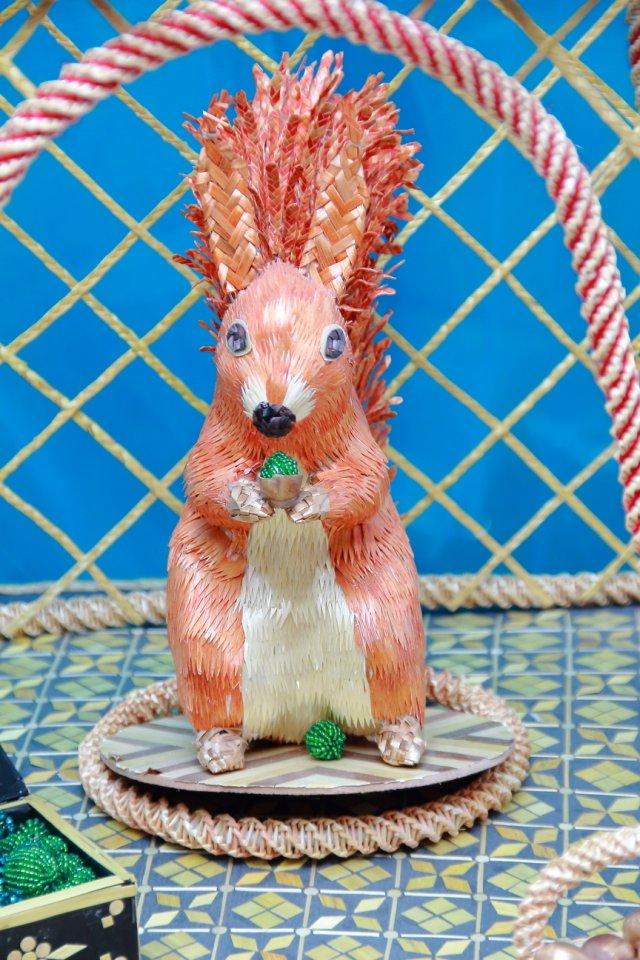 «Святость рождества и волшебство Сказки»: в галерее «Урал» открылась выставка работ семьи Обуховых
