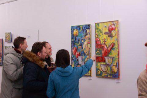 «Как попало»: открытие персональной выставки Ольги Фроловой в мультимедийном историческом парке «Россия – моя история»