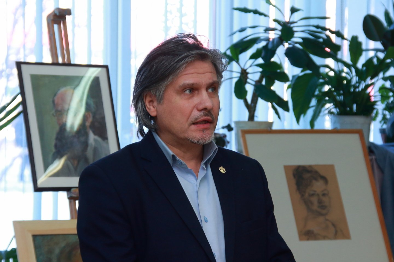 «Волшебный край! Очей отрада...»: открылась выставка памяти заслуженного художника Республики Башкортостан Альберта Кудаярова