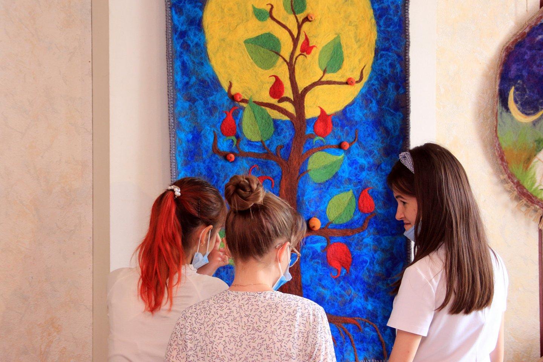 «Мой край, возлюбленный навеки»: открытие выставки студии «Радуга» из Уфимского районного Дома детского творчества в селе Нурлино