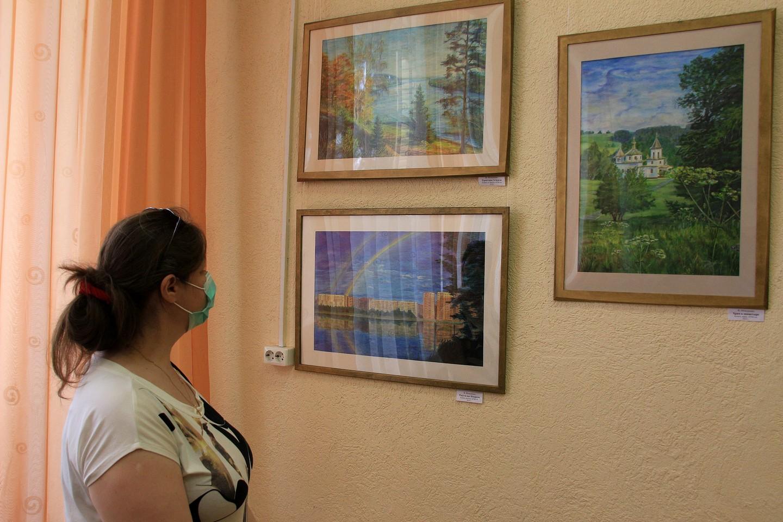 «Радость творчества»: открытие выставки выпускников арт-студии «АКварель» Альберта Кудаярова