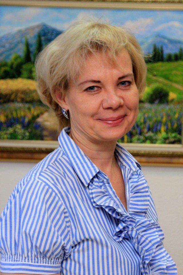 Открытие выставки художественных работ Арины Ахмадеевой и Натальи Мешковой в галерее «Урал»