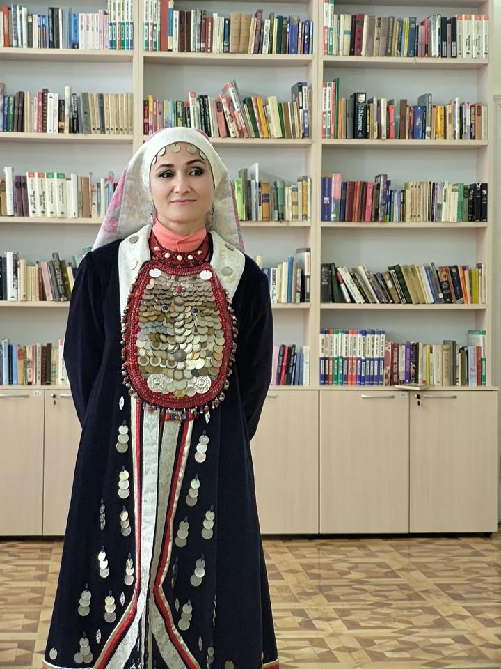 «Башкирские традиции. Возрождение»: открытие персональной выставки художника Алии Кутловой