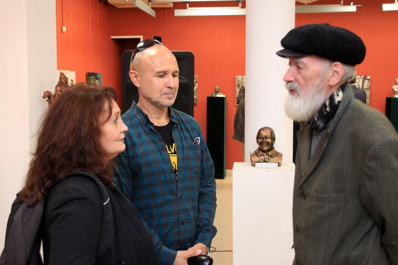 «Герои и время»: открытие выставки скульптора Рафаила Зинурова и фотографа Николая Марочкина